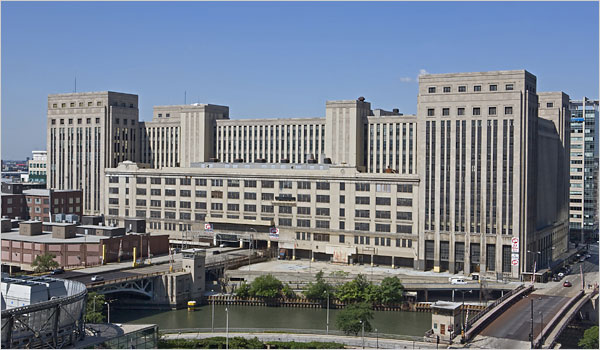 A view of the vacant 2.7-million-square-foot Old Chicago Main Post Office